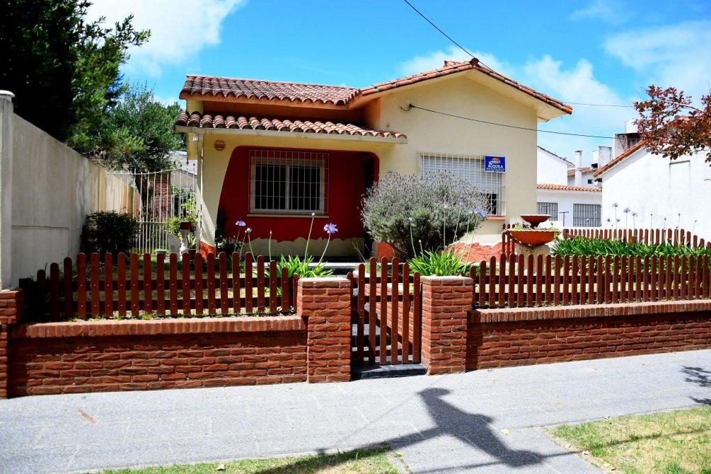 Casa en lote propio para 5 pasajeros marea s propiedades - Inmobiliaria marea ...
