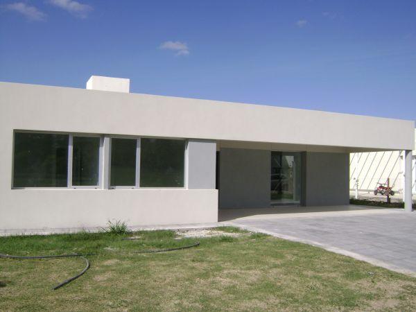 Hermosa y amplisima casa minimalista en la horqueta de for Casa minimalista caracteristicas