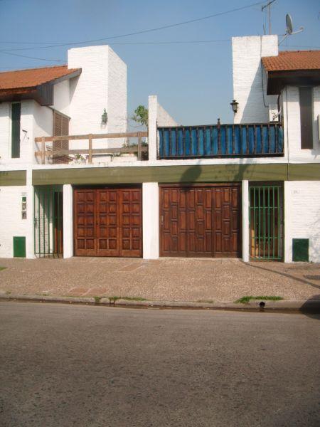Espectacular duplex chiche 3 ambientes amplios con for Duplex con garage