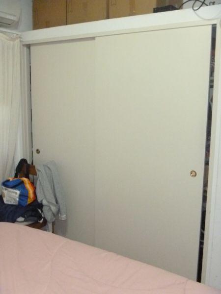 Excelente duplex de 3 ambientes al frente con garage for Duplex con garage