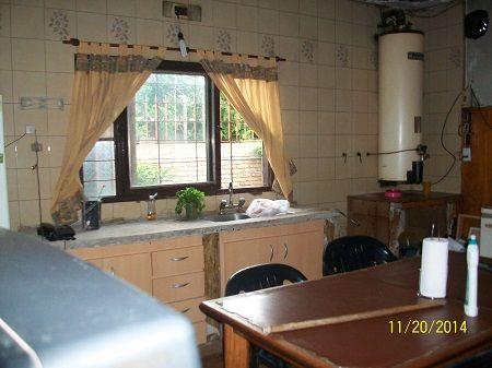 Linda casa con pileta en venta buscadorprop for Pileta lavadero losa