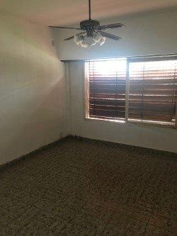 Casa con garage fondo libre buscadorprop for Casa con garage laterale