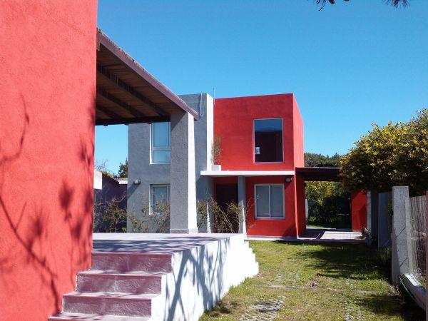Hermosa casa moderna frente al mar adprop buscadorprop for Casa moderna frente al mar
