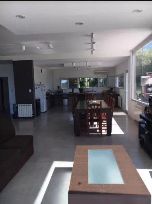 Casa minimalista haras san pablo club de campo general for Casa minimalista torrelodones