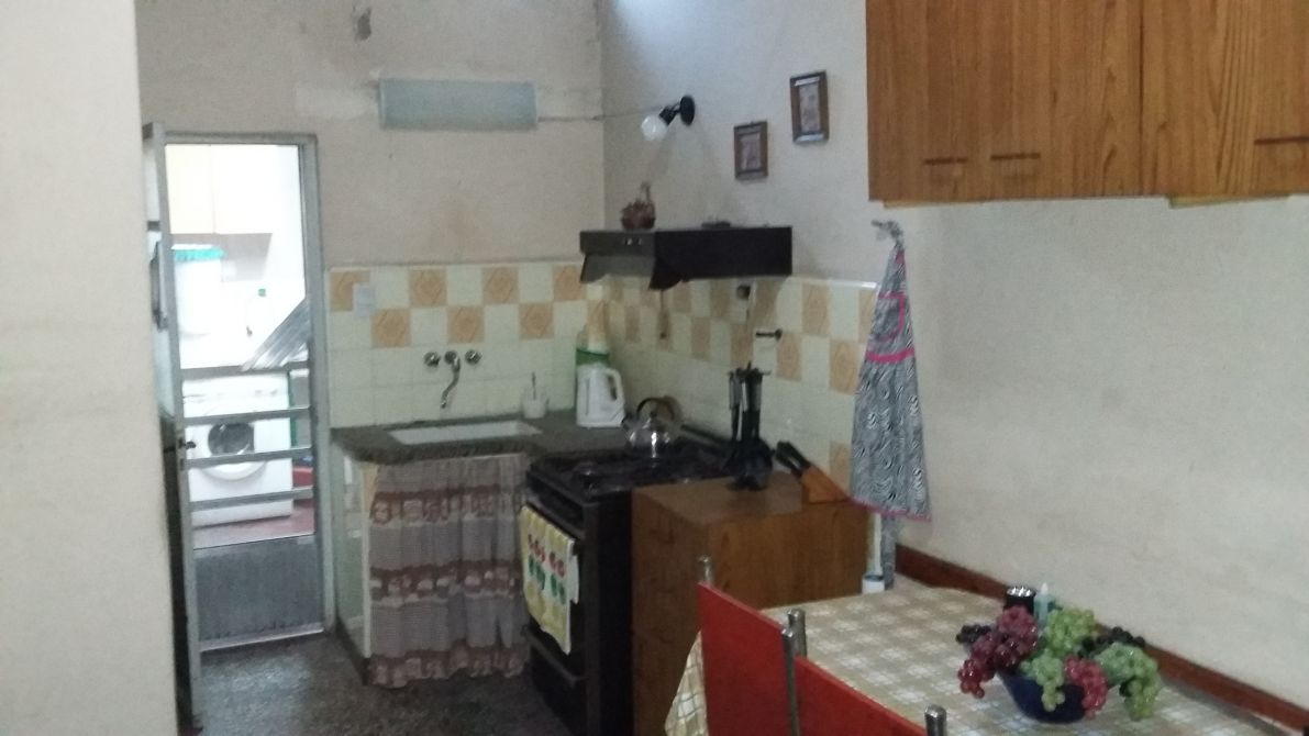 Casa departamento dos familias apto cr dito for Cerramientos de aluminio precio por metro cuadrado