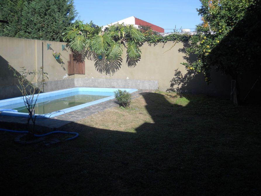 Casa 3 amb con parque y piscina climatizada buscadorprop for Piscina climatizada zamora