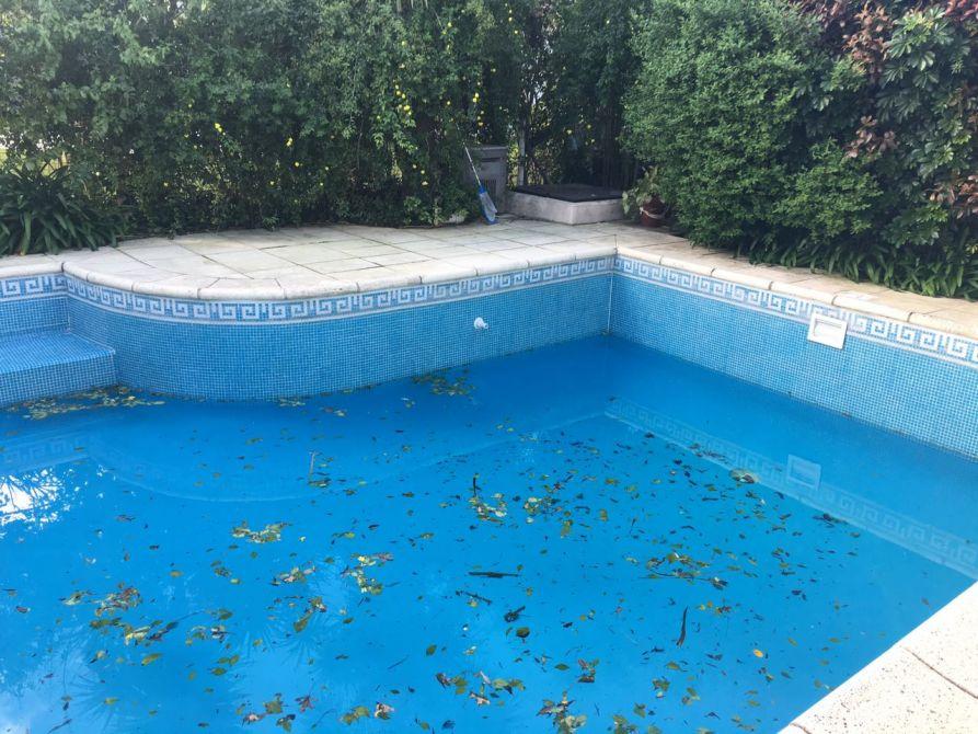 Alucinante casa de dos plantas en venado ii de canning for Precio piscina climatizada