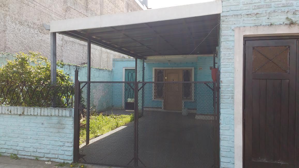 Casa con garage buscadorprop for Casa con grande garage