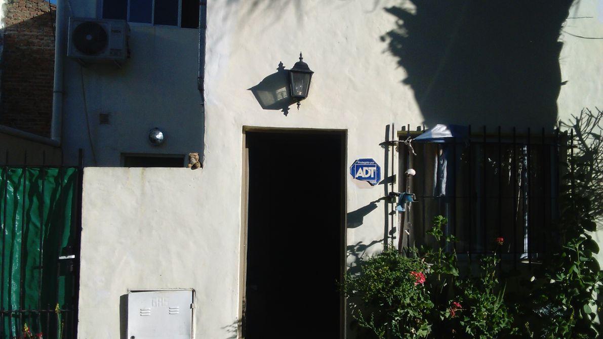 Venta duplex 3 amb con patio y garage monte grande apto for Duplex con garage
