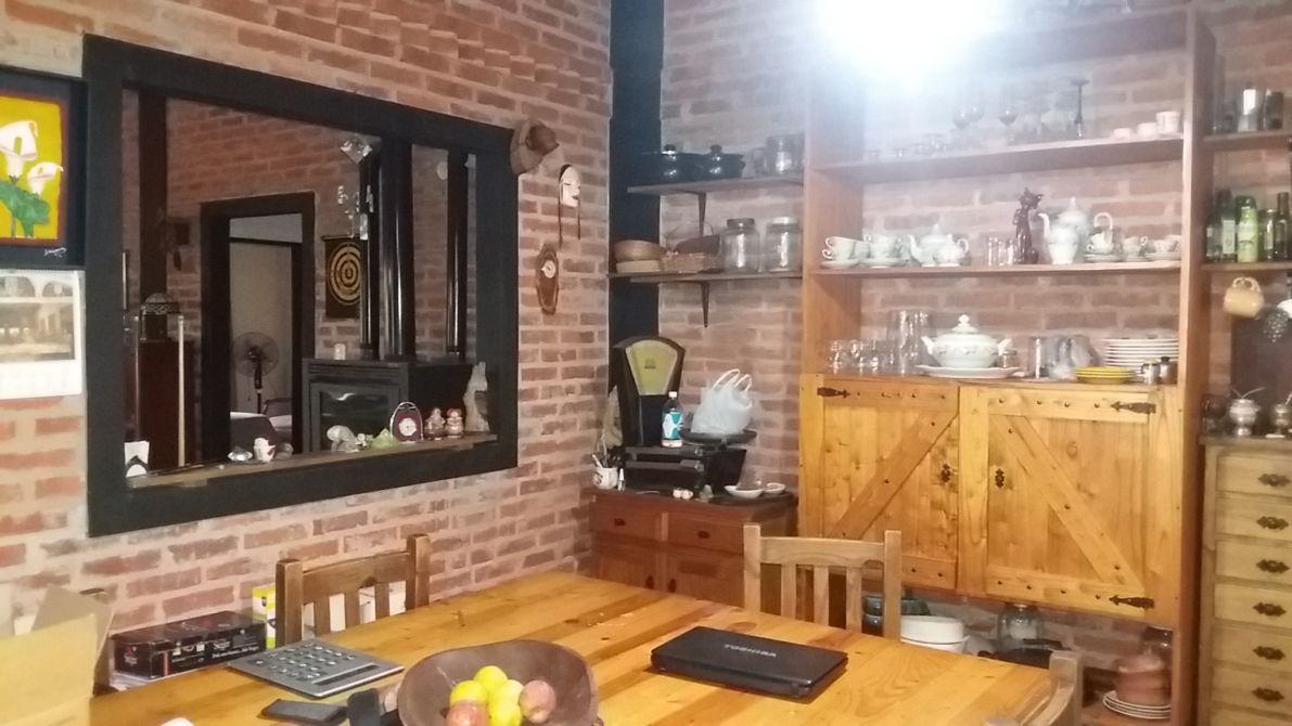Excepcional casaquinta buscadorprop for Quincho cocina comedor