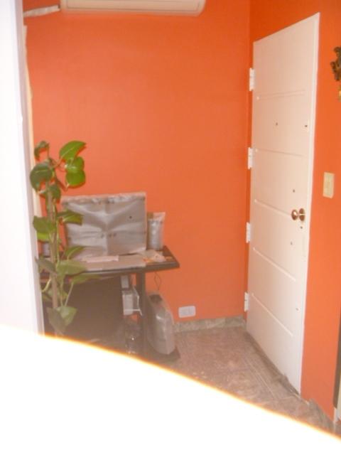 Muy buen departamento 3 ambientes al frente a solo 3 for Muebles 9 de julio lanus